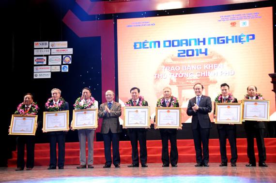 The-Duong---dem-doanh-nhan-2014---5